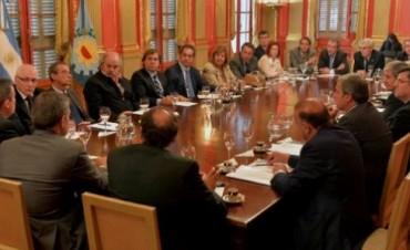 El Fiscal General de Azul en reunión con autoridades provinciales