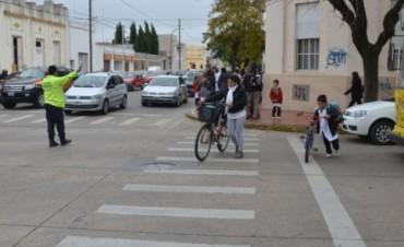 Controles de tránsito en cercanías de escuelas