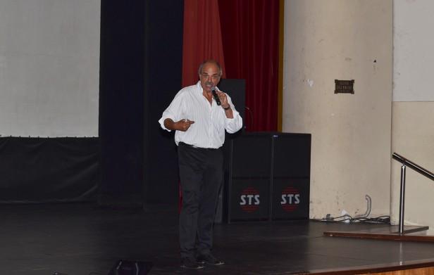 Exitosa charla motivacional en el Teatro Municipal
