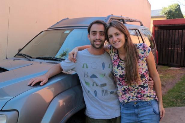 Una pareja viajará de La Plata a Alaska en camioneta