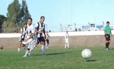 Por un acierto de Cañete El Fortín ganó el partido