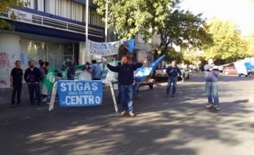 Protestan los empleados de Camuzzi