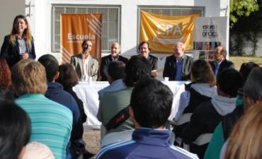 La provincia instrumenta cursos para jóvenes en tratamiento por adicciones