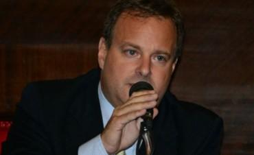 Política: Vitale le quitó trascendencia al pase del senador Coll Areco al sciolismo
