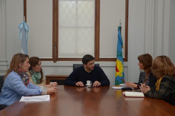 Reunión con las inspectoras de educación regional y distrital