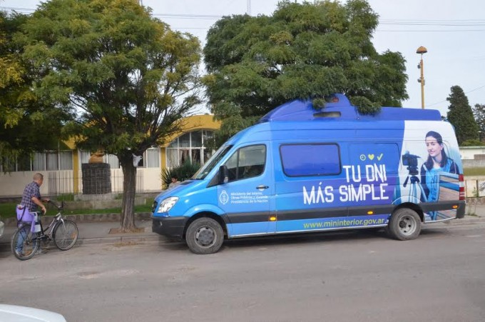 El móvil del ReNaPer realizó más de 500 trámites en las localidades del Partido de Olavarría
