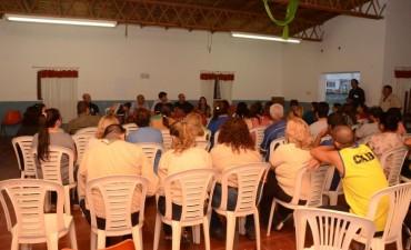 El intendente Galli se reunió con vecinos de Villa Mailín