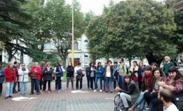 En Olavarría, se realizó una concentración en la plaza