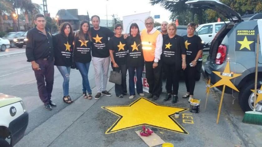 Estrellas Amarillas pinto estrellas en La Plata