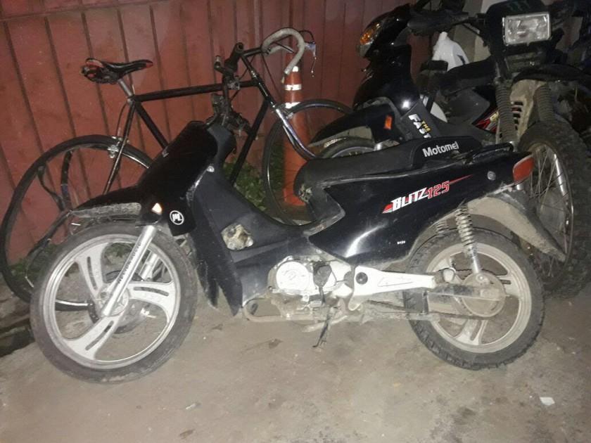 Encuentran moto con pedido de secuestro