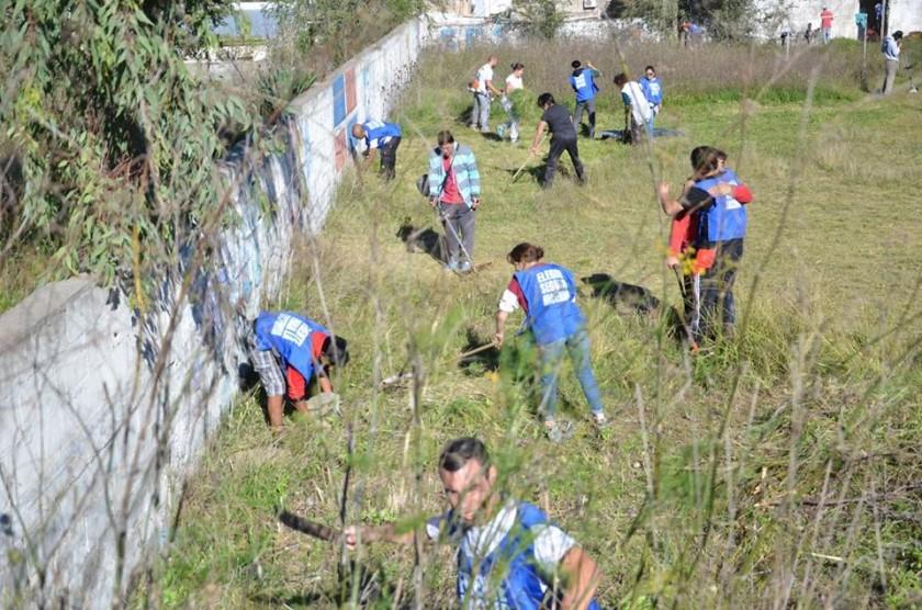 El FPV realizó una jornada solidaria en la Escuela 2 de Sierras Bayas