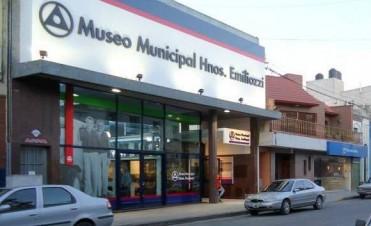 Pintura del automovilismo deportivo en el Museo Emiliozzi