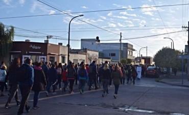 Más de dos mil fieles en la procesión a la Virgen de la Loma