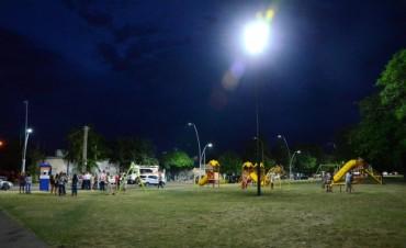 La municipalidad entrega patrulleros e inaugura iluminación