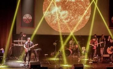 La magia de Pink Floyd en el Teatro Municipal: llega Prisma