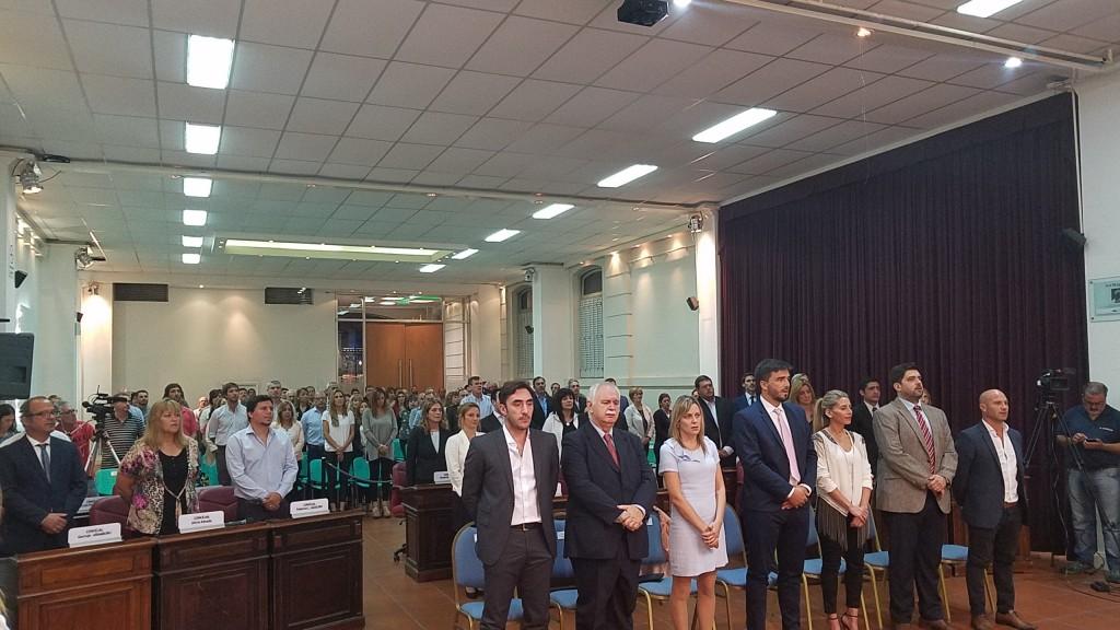 Hablaron los concejales antes de la apertura de sesiones