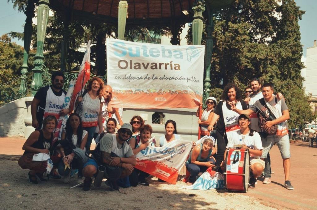 Suteba Olavarría estuvo presente en la movilización