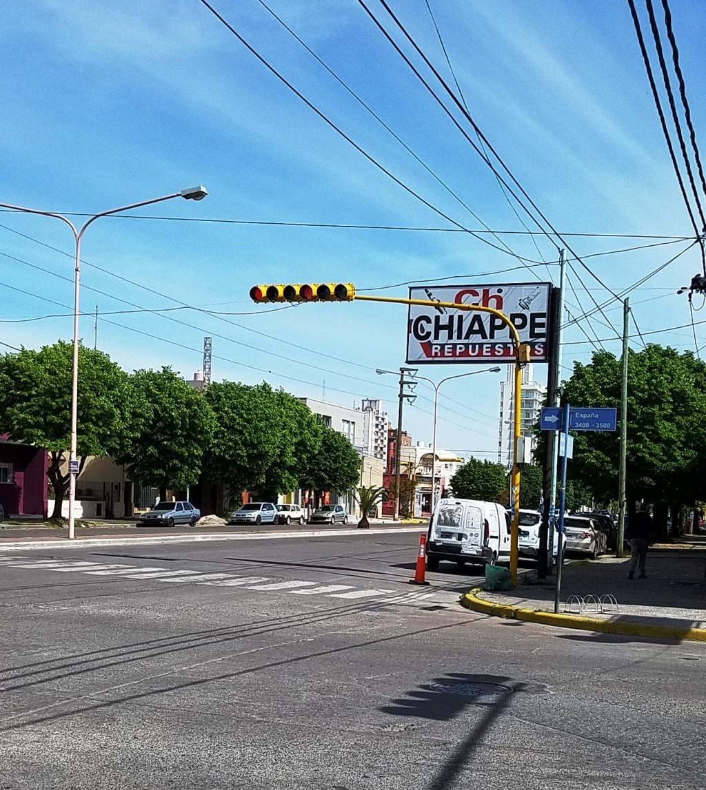Bajamón pide soluciones por la esquina de España y Colón