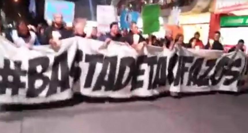 Marcha de velas en contra de los tarifazos
