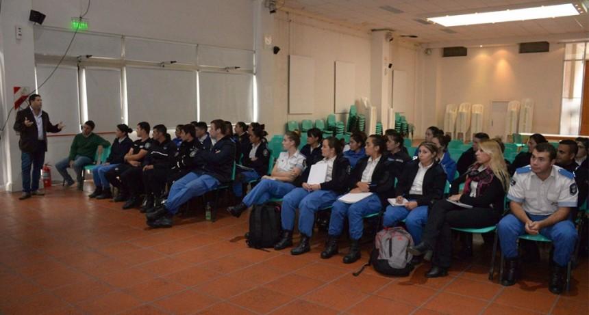 Inauguró el ciclo lectivo 2018 del Programa de Capacitación Permanente de la Policía Local