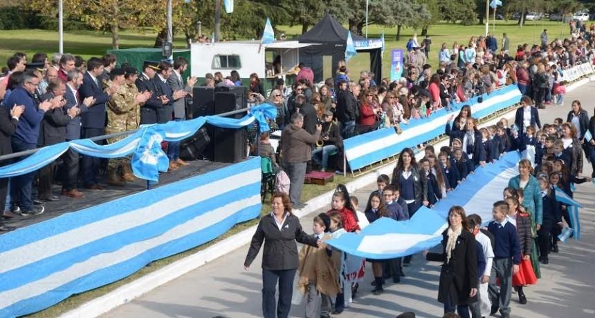 El desfile del 25 de Mayo será en Colonia Hinojo