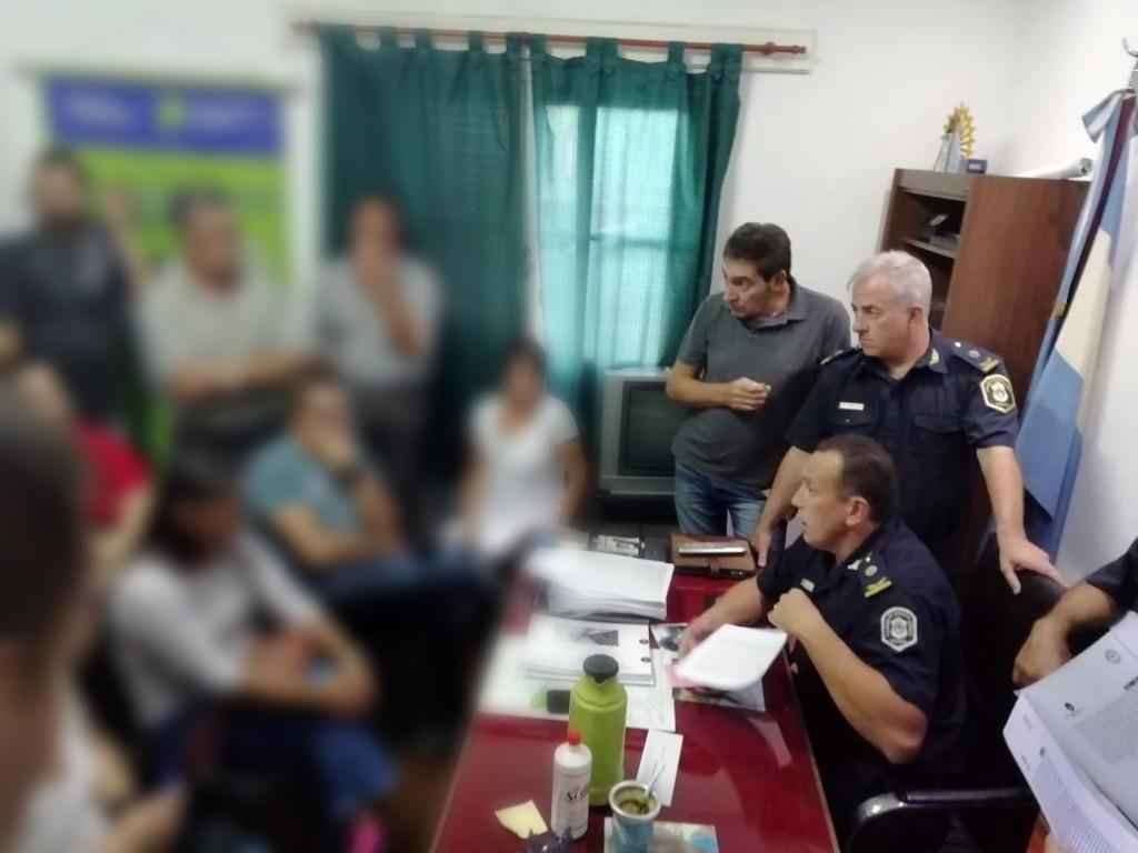 Provincias Argentinas: tras la reunión con vecinos, apresaron a un menor