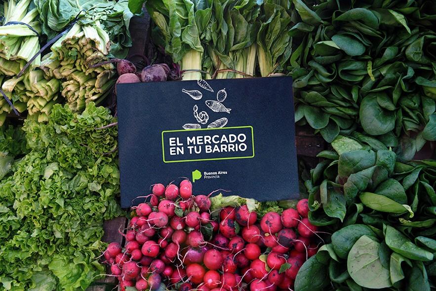 """""""El Mercado en tu Barrio"""": un vínculo directo entre productor y consumidor"""