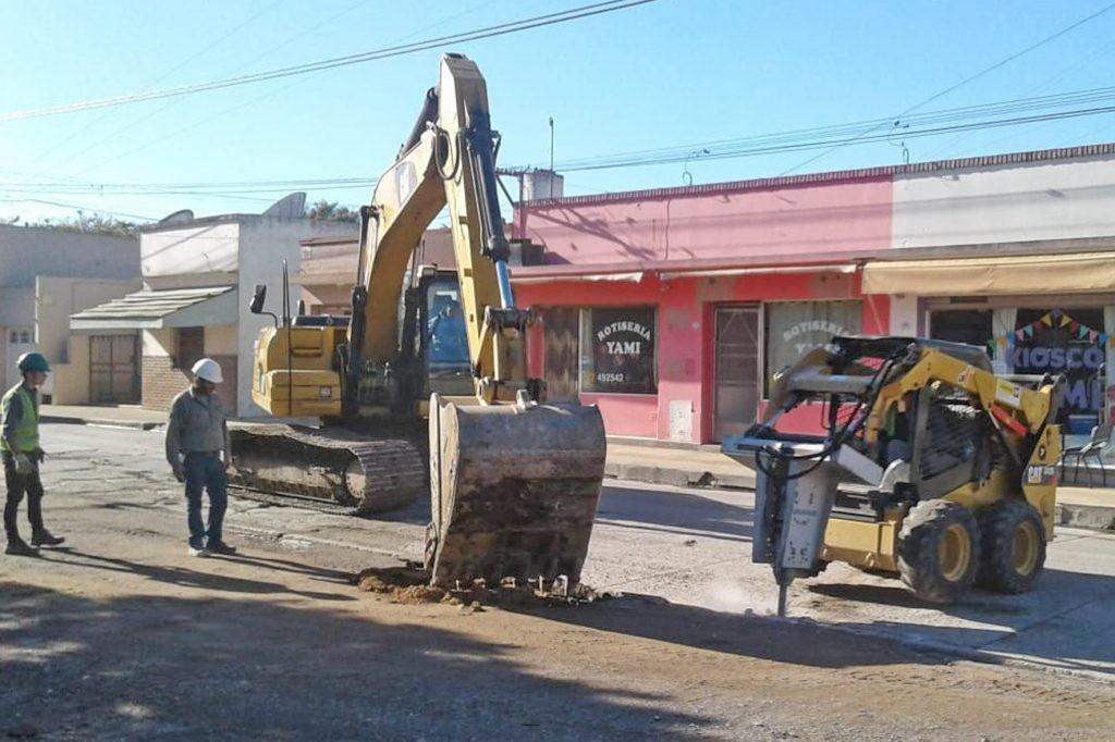 Trabajos de pavimentación en Sierras Bayas