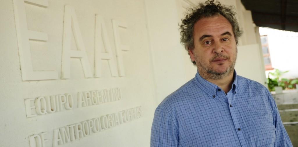 El Director Ejecutivo del Equipo Argentino de Antropología Forense, en Olavarría