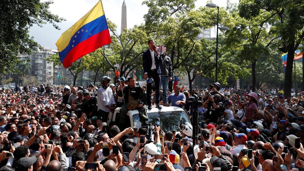 Venezuela: la mirada de una residente venezolana en Olavarría y de un analista de temas internacionales