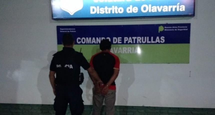 Un hombre aprehendido tras violar restricción de acercamiento y realizar amenazas