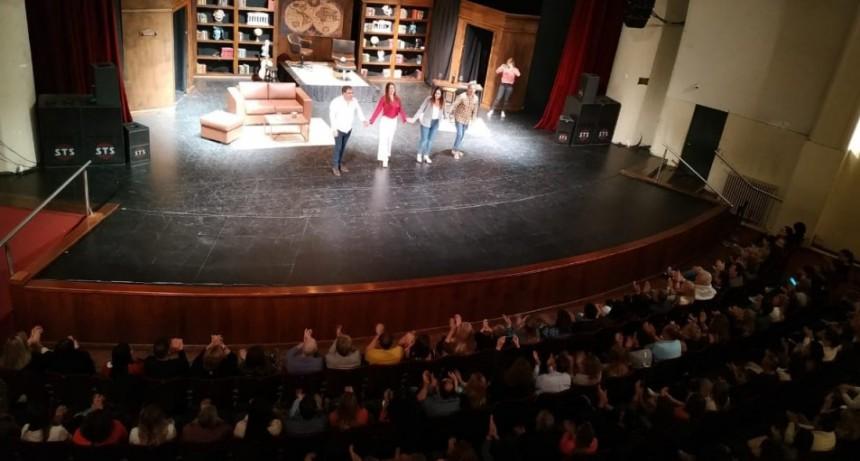 Rolón copó el Teatro