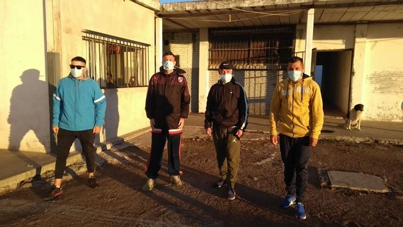 Cuatro internos de la Unidad 27  participaron de una maratón solidaria