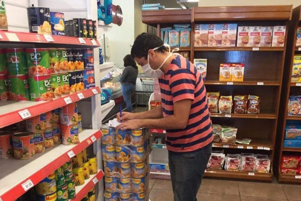 Comerciantes, fabricantes y distribuidores deberán exhibir los precios vigentes al 6 de marzo
