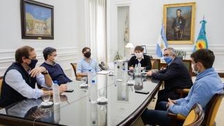 Kicillof ratificó a intendentes de la oposición que habrá ayuda financiera para municipios
