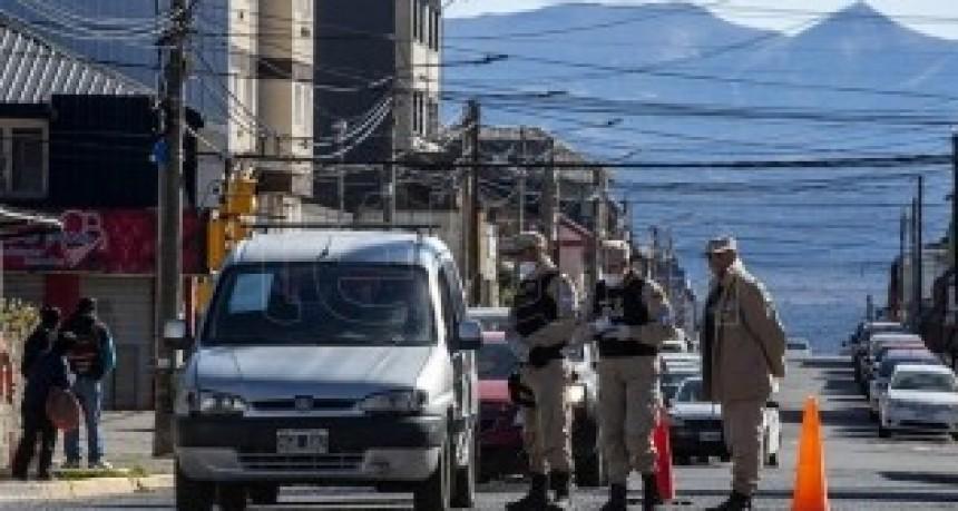 En dos semanas de aislamiento, hubo más de 25.400 detenidos por las fuerzas de seguridad
