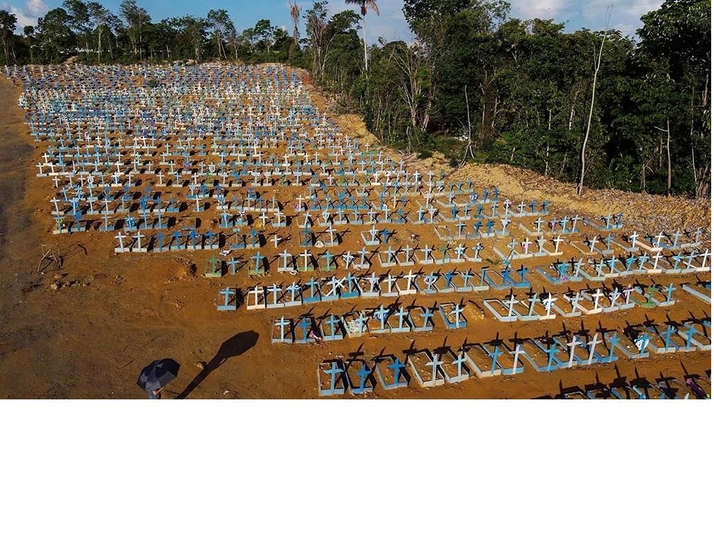 Pese al rechazo de Bolsonaro, investigadores brasileños insisten en impulsar confinamientos