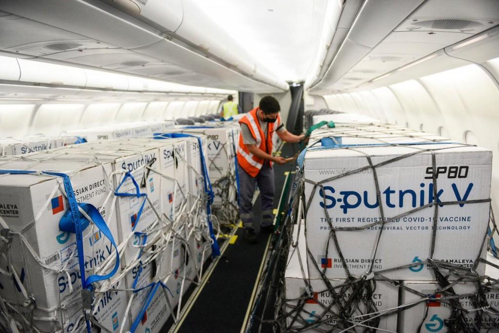 Arriba esta noche un cargamento de 800 mil Sputnik V