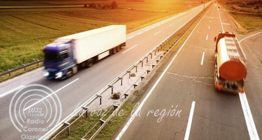 El costo del transporte de cargas subió 3,9% en marzo y acumula 15% en 2021