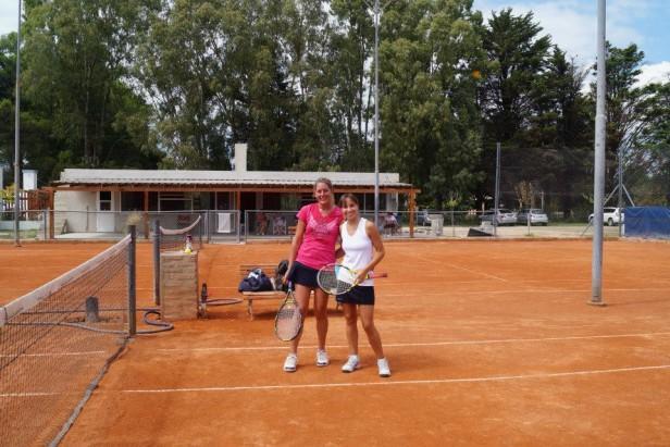 Interesante torneo de tenis para damas en La Pedrera
