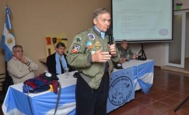 """Exitosa charla sobre """"Avutardas Salvajes sobre Nuestras Malvinas"""""""