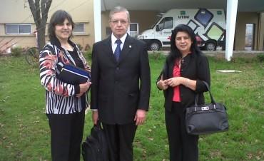 Profesionales paraguayos llegaron en un intercambio con la Escuela de Salud