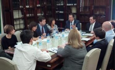 El Senador Vitale recibió al Ministro Casal en la Comisión de Legislación del Senado