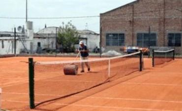 Torneo de dobles en tenis