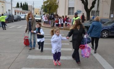 La Agencia de Protección Ciudadana continúa trabajando en seguridad vial en las escuelas