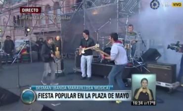 El grupo Desmán de Olavarría participó de los festejos en Plaza de Mayo