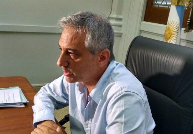 Amor-Odio: Eseverri pide una interna con el PRO