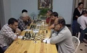 Abierto de ajedrez en Racing: Jarque y Ponce comparten la punta