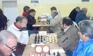 Hugo Fisher ganó la 1ra. fecha del Pimponazo de Ajedrez