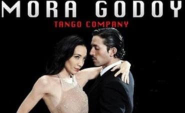 Este domingo llega Mora Godoy con su espectáculo de tango al Teatro Municipal